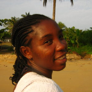 Junge Frau in Kamerun